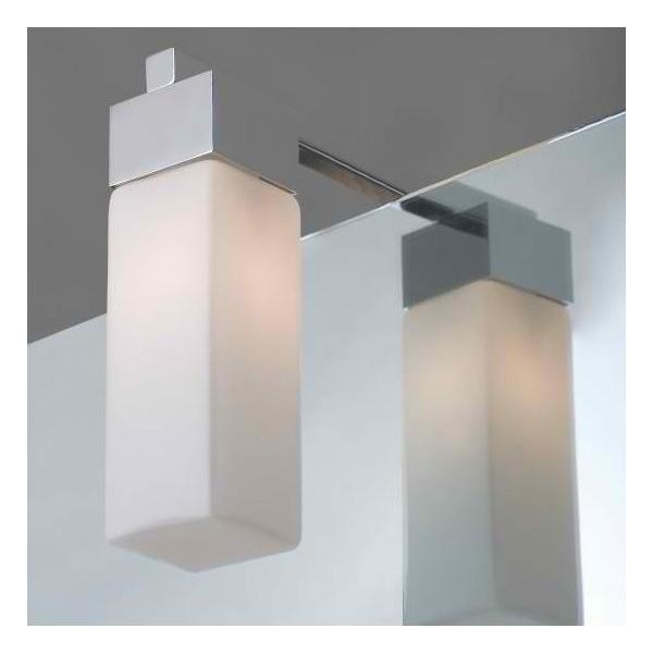Квадратен аплик с една лампа за баня насочен надолу icl_74