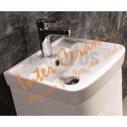 Долен PVC, закръглени ъгли, порцеланова мивка 1
