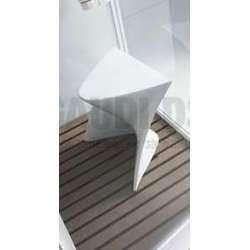 Бяло акрилно столче 2