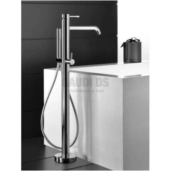 Alpi Blue смесител вана/душ за монтаж на пода с подвижен душ, хром BU 85804 CR