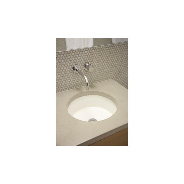 Плот за баня от технически камък с мивка за вграждане пример