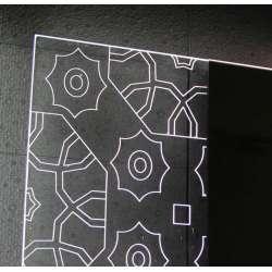 Огледало с вградено LED осветление Labyrinth 100x60см 2