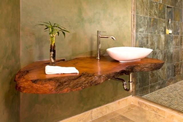 Как да съчетаем дърво в дизайна на банята
