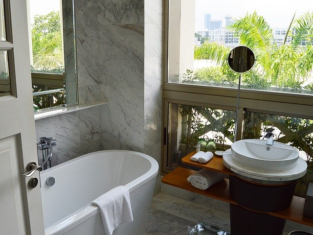 Какъв параван да изберем за нашата баня