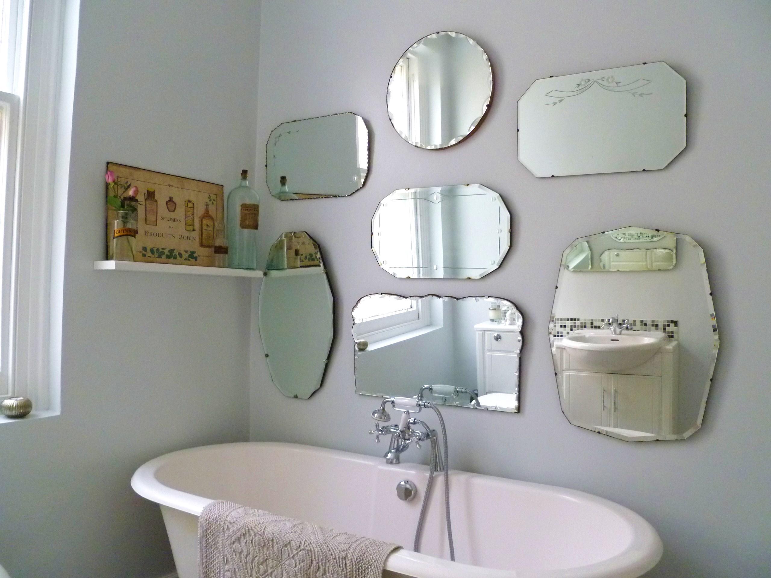Форми и видове огледала за баня